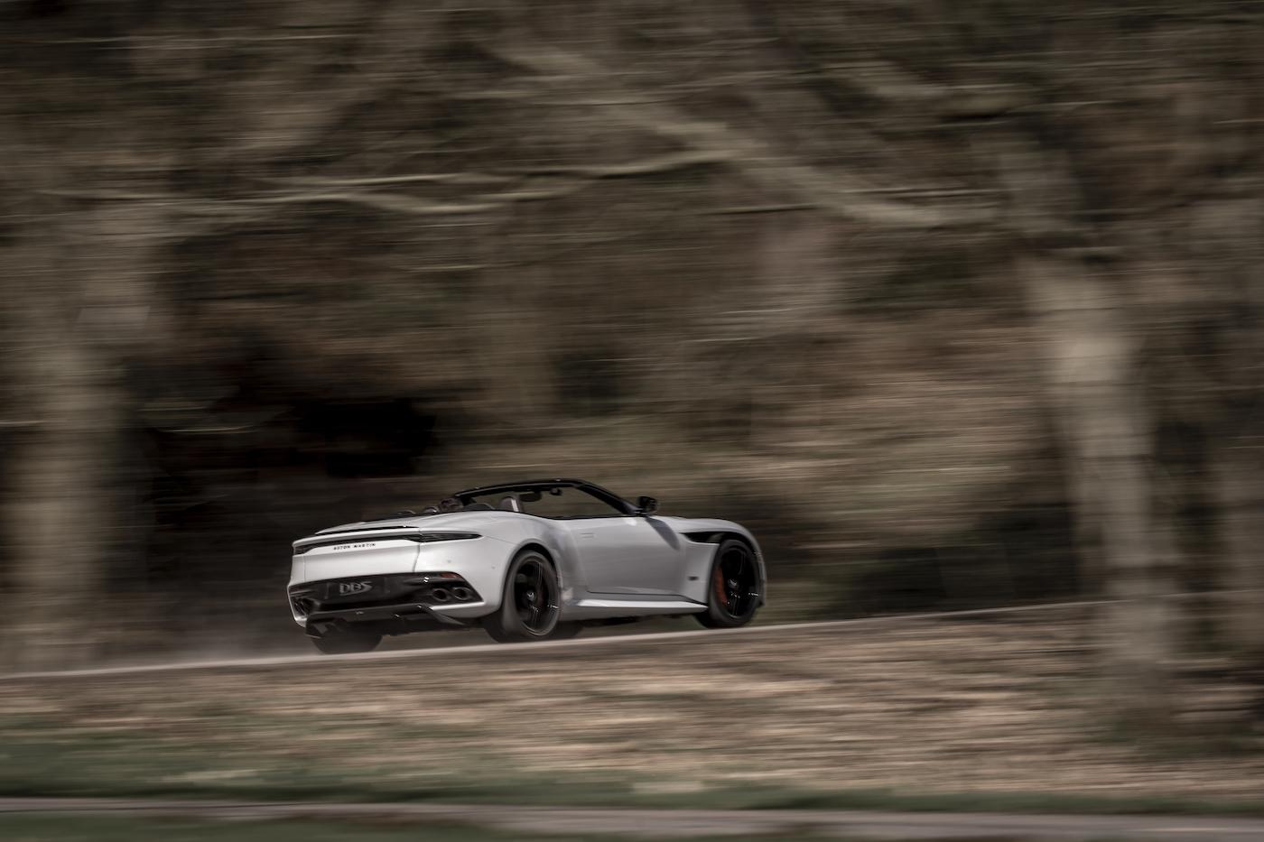 Aston Martin DBS Superleggera Volante: Ein Supersport-Cabrio mit 725 PS 8