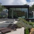 Eingebettet in die Natur von Beverly Hills: Das