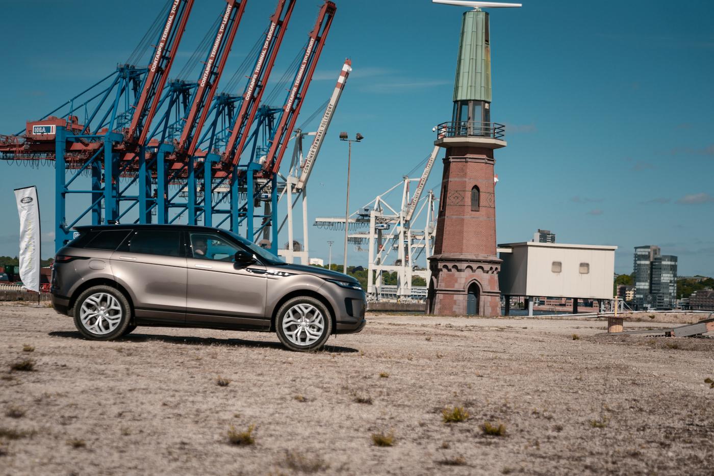 Offroad mal anders: Mit dem neuen Range Rover Evoque durch die Container-Stadt in Hamburg 5