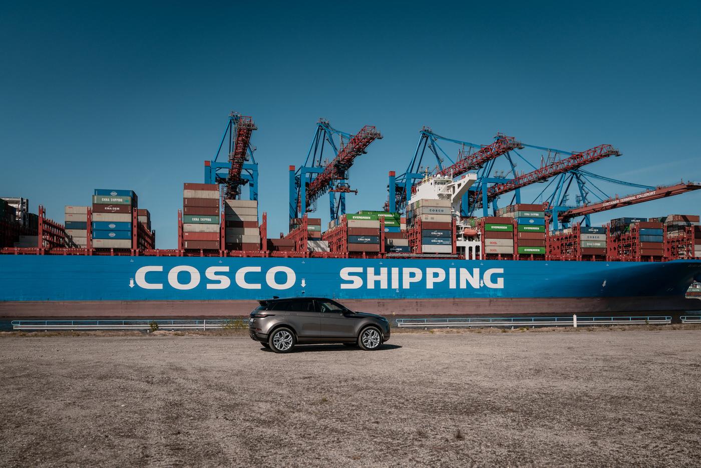 Offroad mal anders: Mit dem neuen Range Rover Evoque durch die Container-Stadt in Hamburg 2