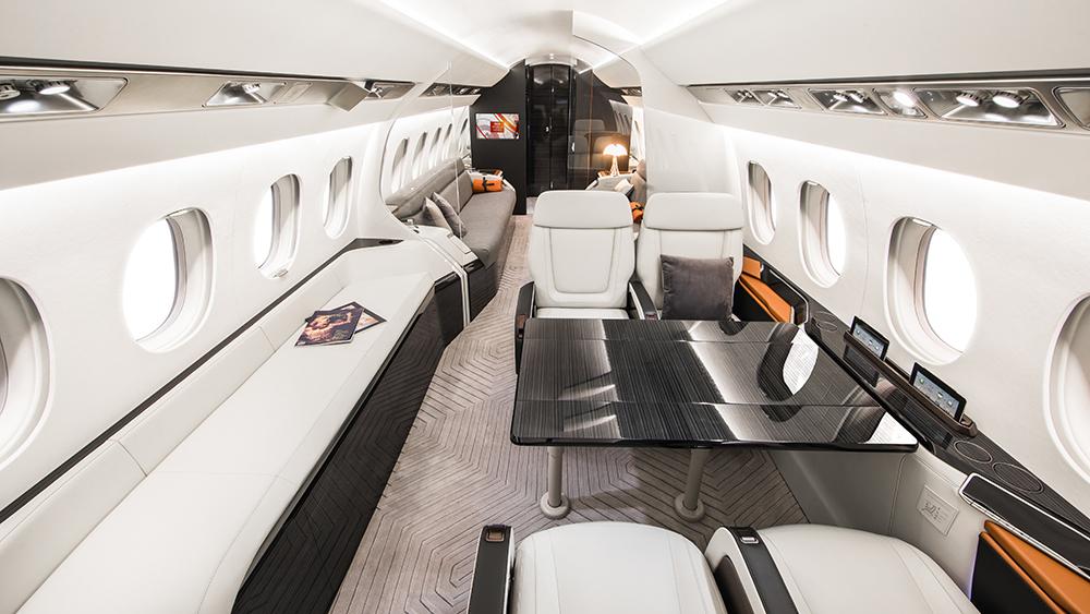 Der Dassault Aviation Falcon 6X: Dieser neue Business Jet kann nonstop von LA nach Genf fliegen 2