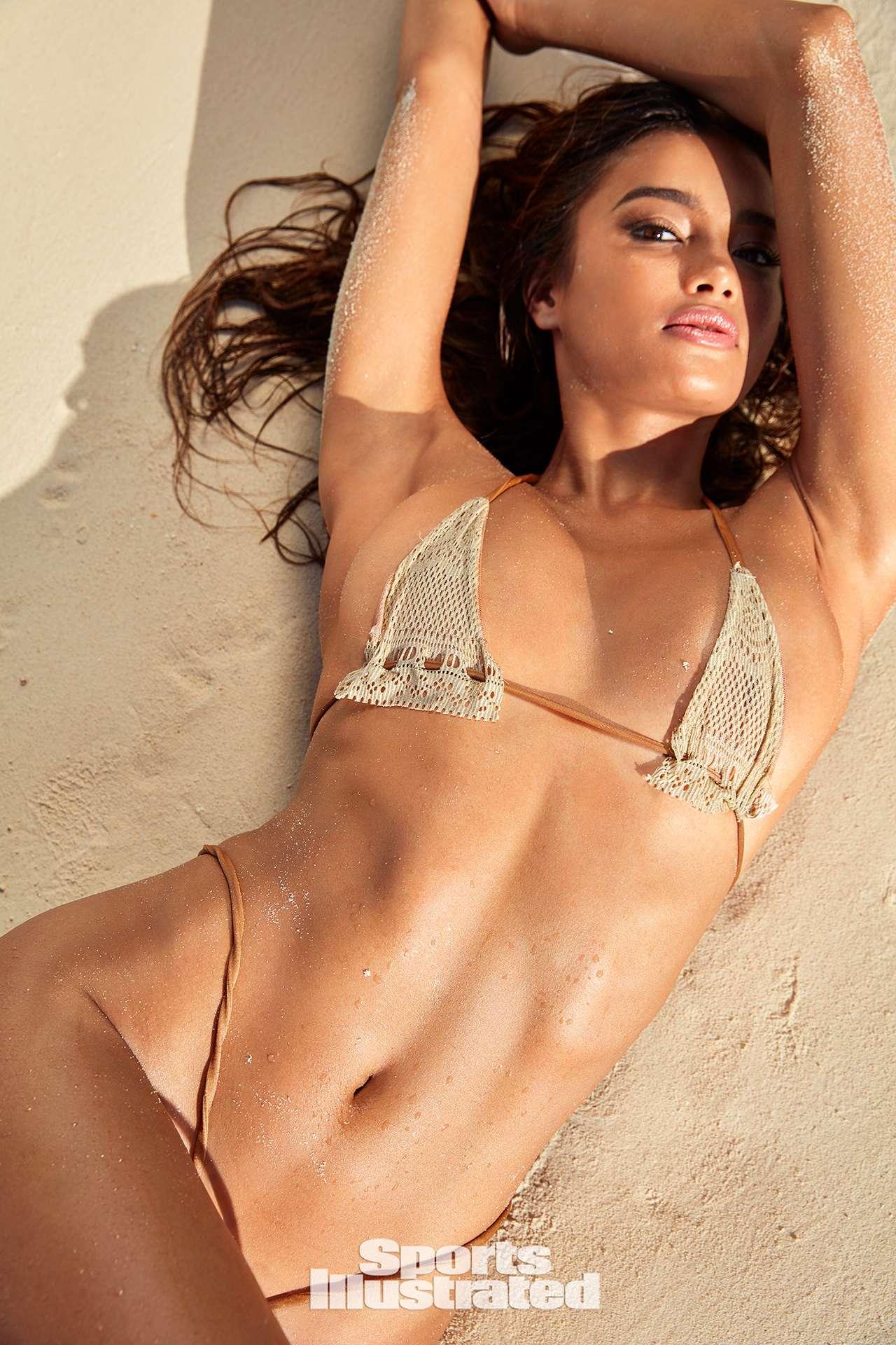 Great Exuma: Kelsey Merritt für die Sports Illustrated Swimsuit Issue 32
