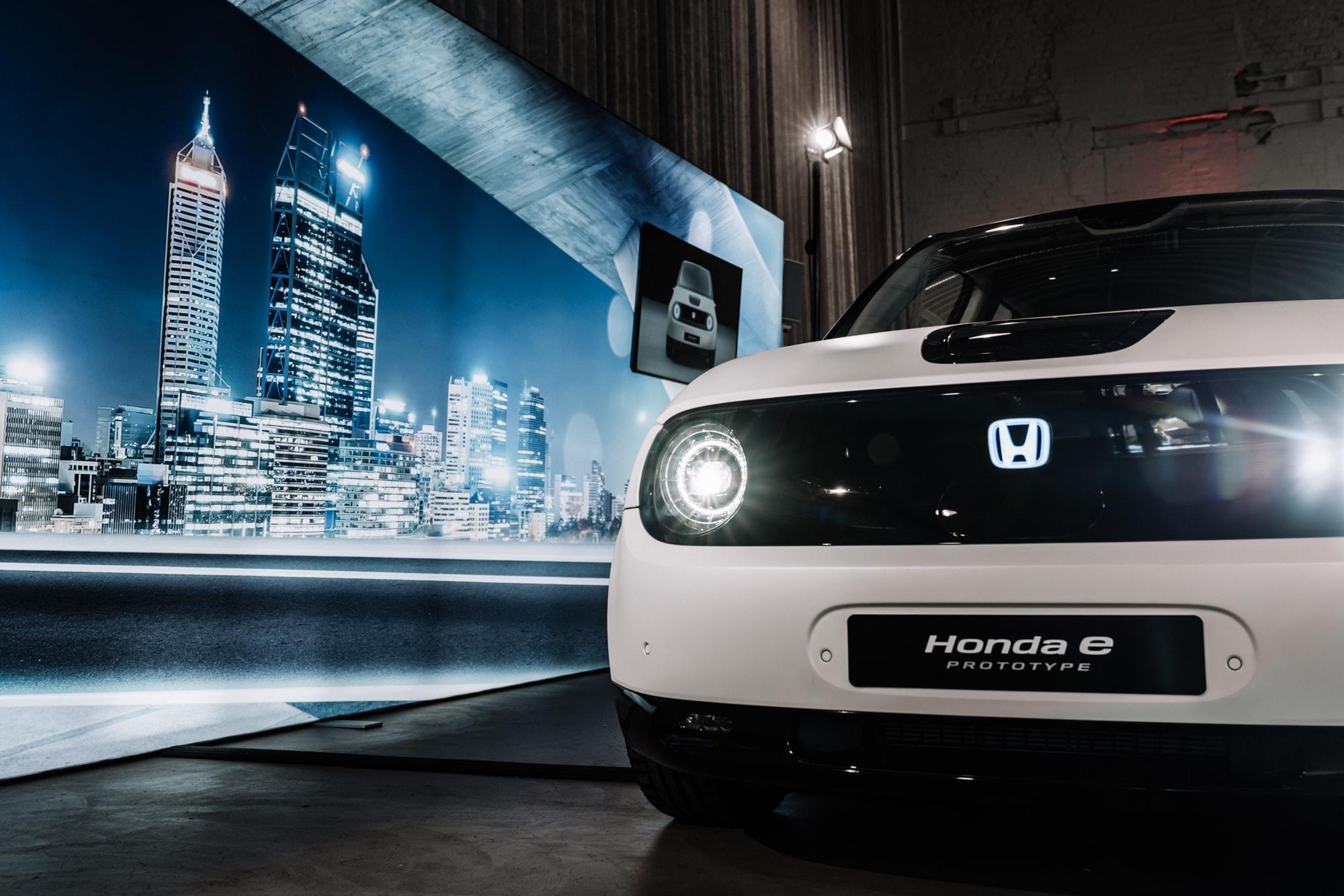 Elektro trifft auf Retro: Der neue Honda E 2