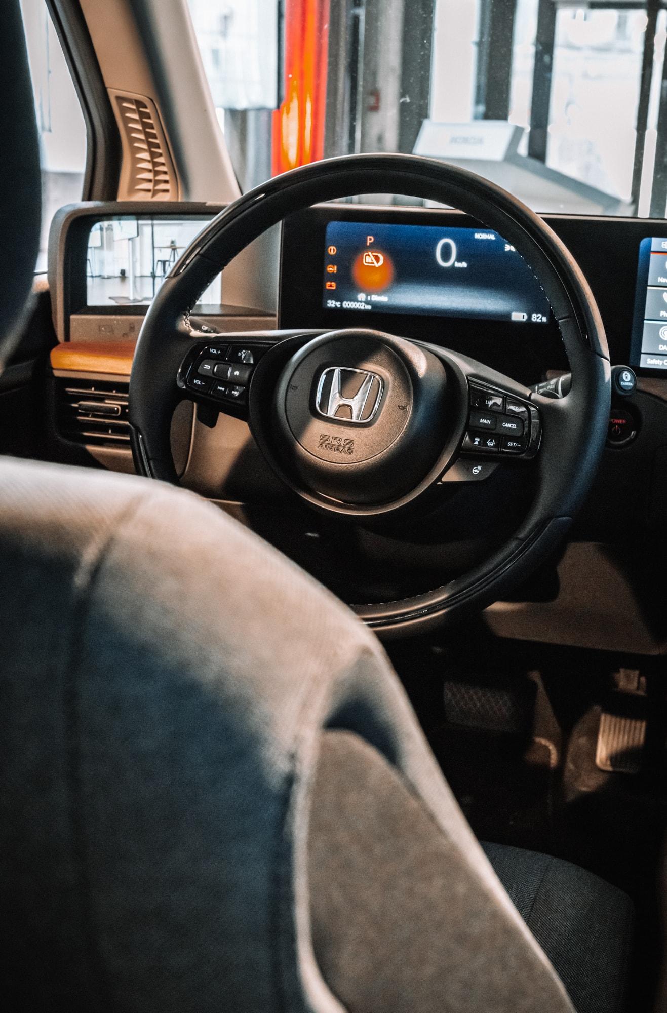 Elektro trifft auf Retro: Der neue Honda E 9