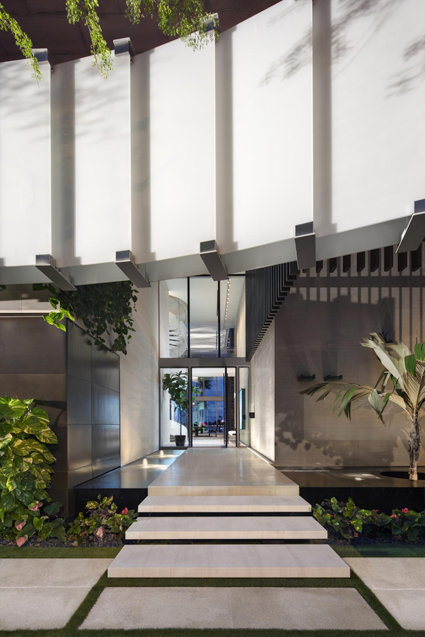 Großzügig, offen und grün: Die Dilido Island Villa von SAOTA in Miami 12