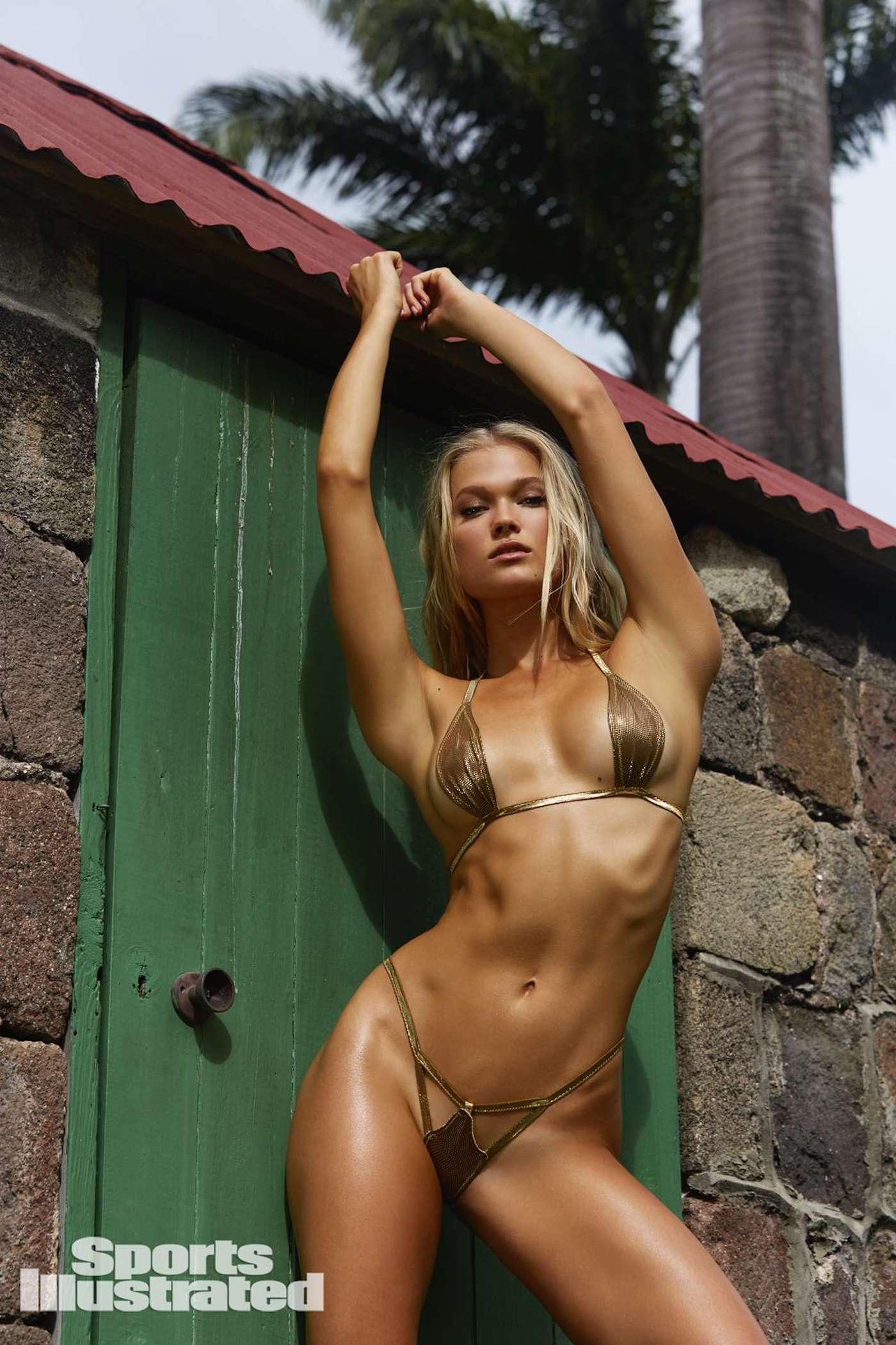 Vita Sidorkina für die Sports Illustrated Swimsuit Issue in Nevis 14
