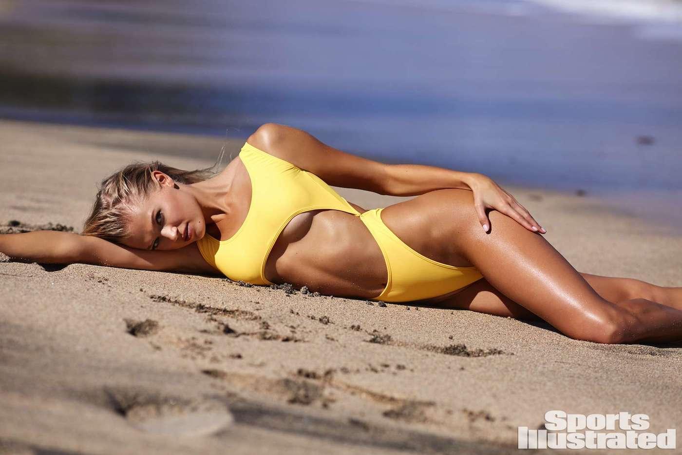 Vita Sidorkina für die Sports Illustrated Swimsuit Issue in Nevis 3