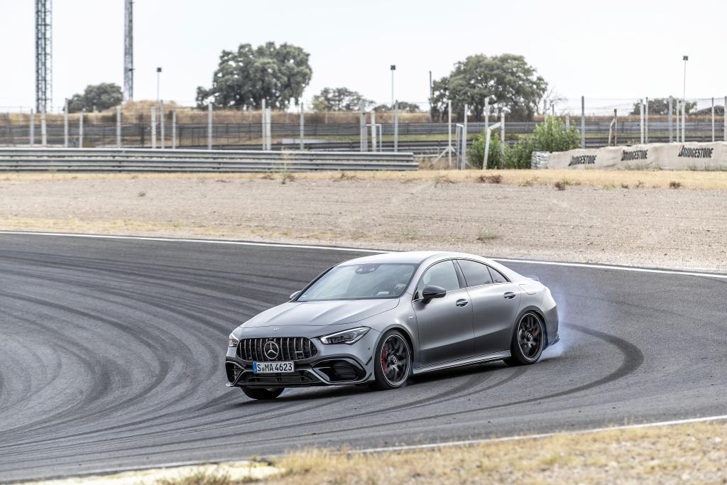 Die Super-Sportwagen in der Kompaktklasse: Der neue Mercedes-AMG A45s 4MATIC+ und CLA45s 4MATIC+ 9