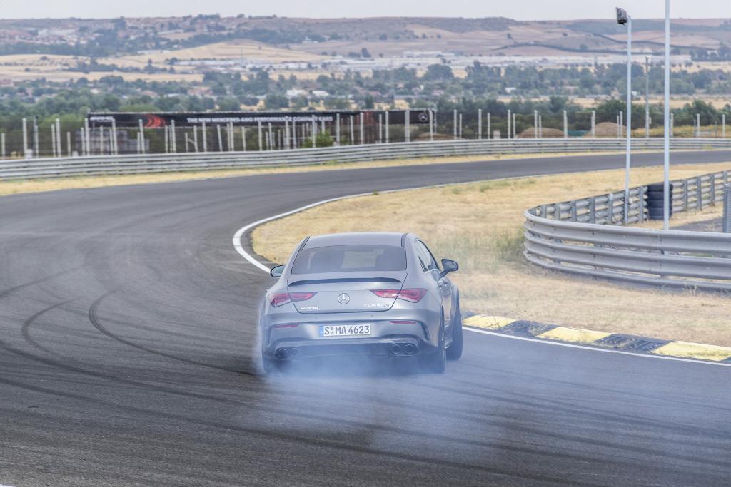 Die Super-Sportwagen in der Kompaktklasse: Der neue Mercedes-AMG A45s 4MATIC+ und CLA45s 4MATIC+ 8