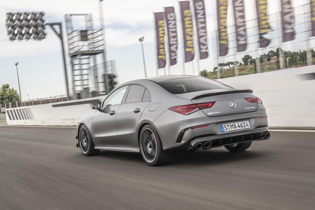 Die Super-Sportwagen in der Kompaktklasse: Der neue Mercedes-AMG A45s 4MATIC+ und CLA45s 4MATIC+ 6