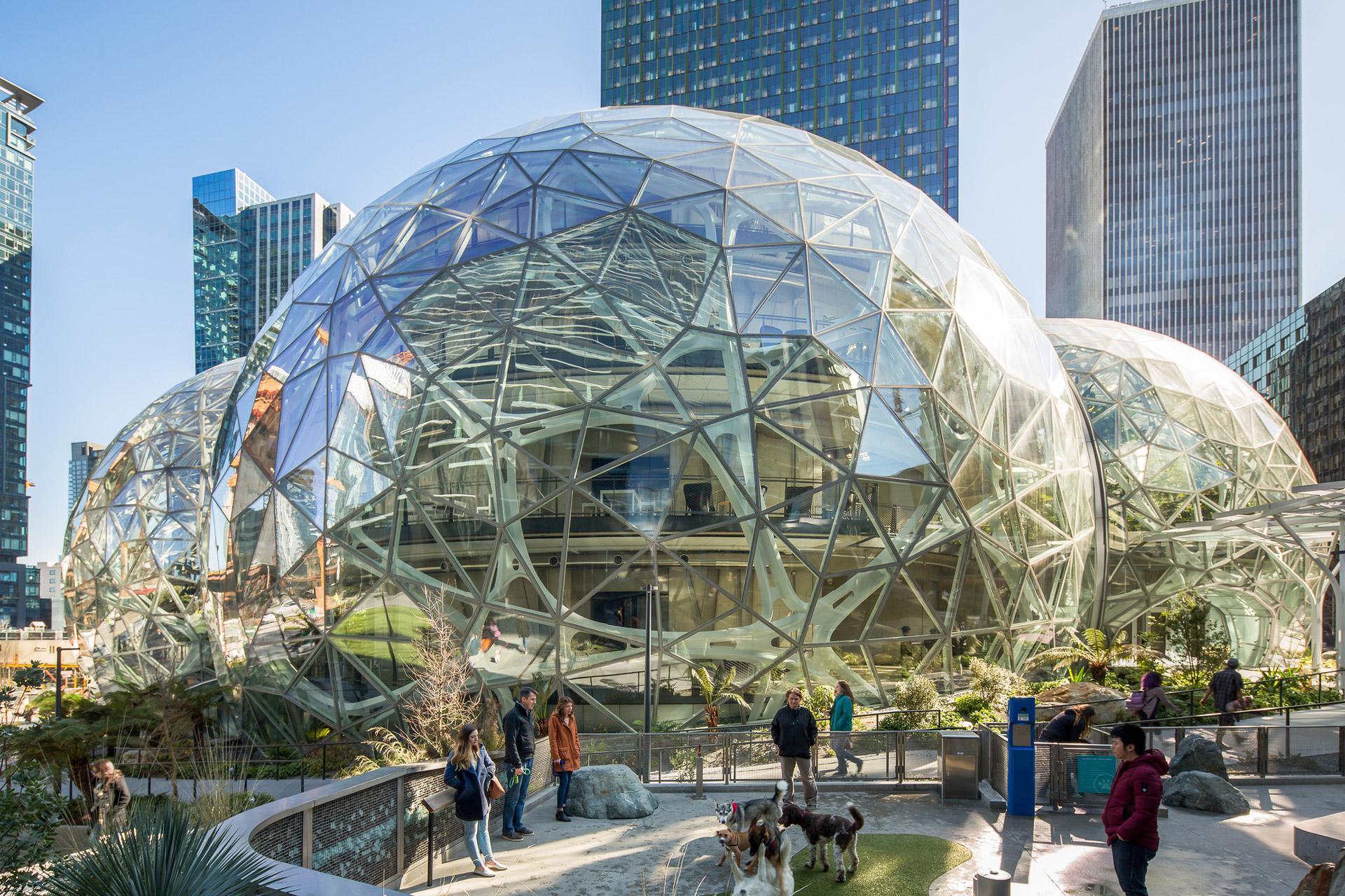 The Spheres: Amazon baut einen eigenen Amazonas für seine Mitarbeiter 1