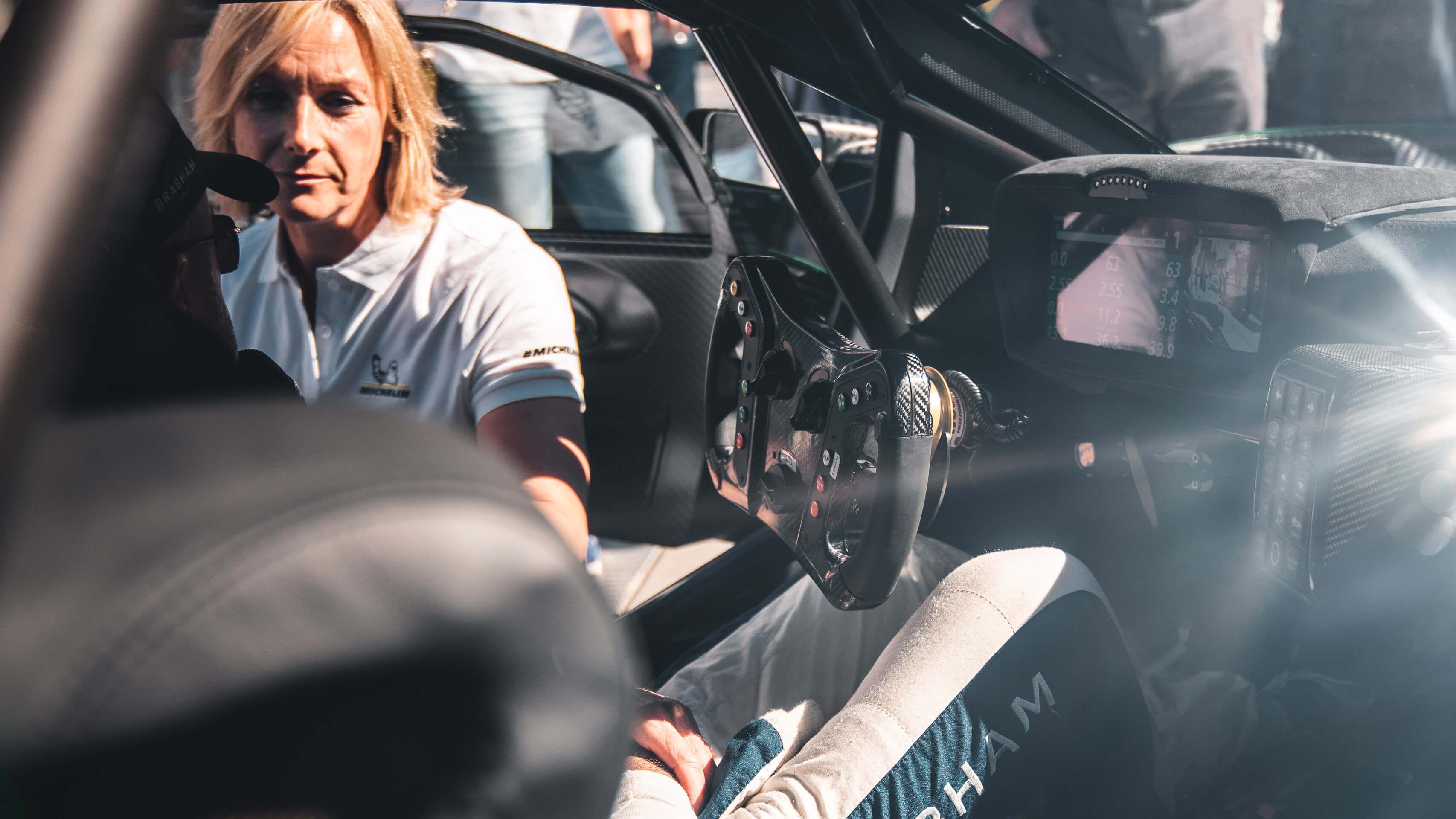Im Rausch der Geschwindigkeit: Zu Besuch beim Goodwood Festival of Speed mit Michelin 9