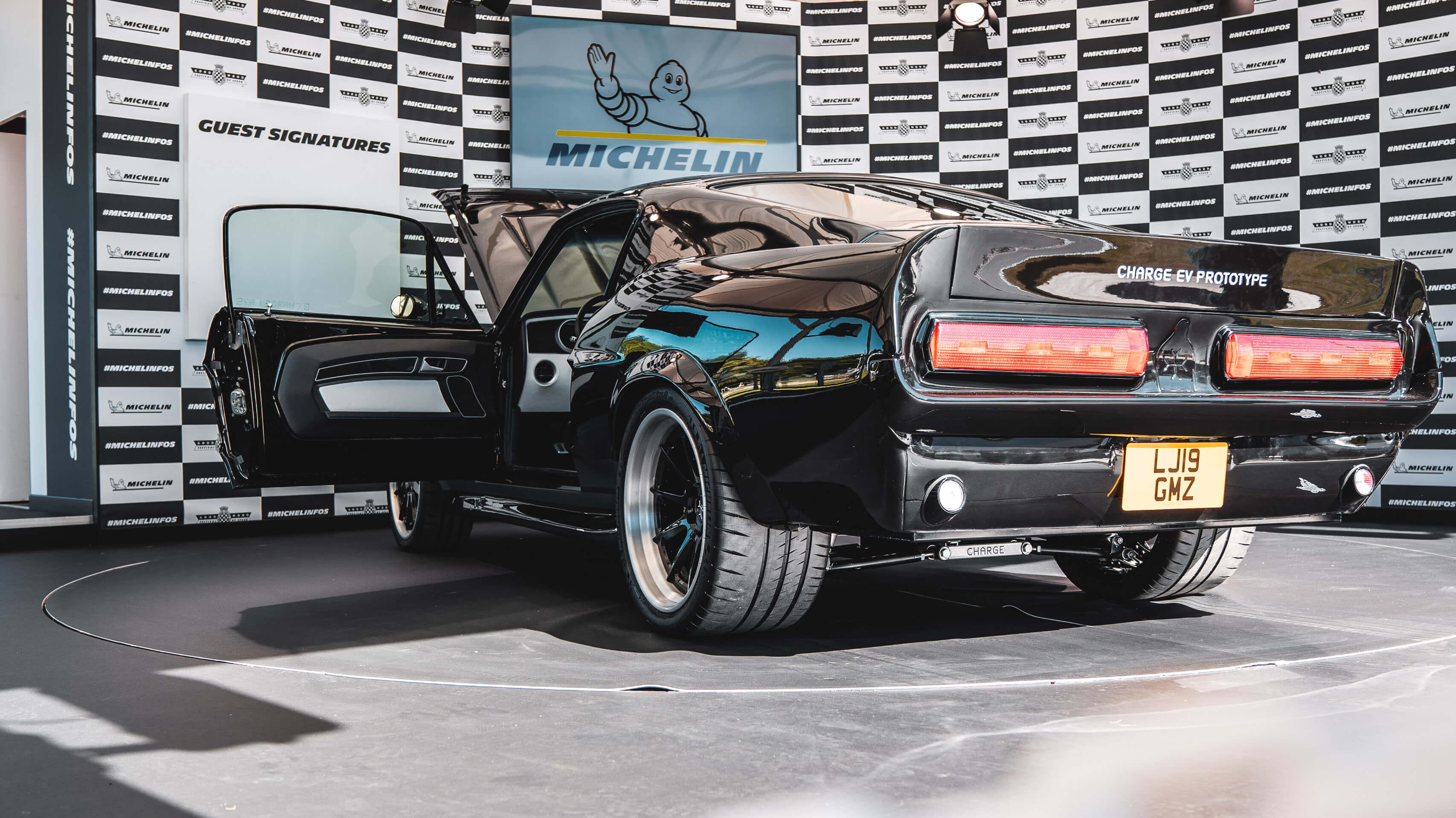 Im Rausch der Geschwindigkeit: Zu Besuch beim Goodwood Festival of Speed mit Michelin 15