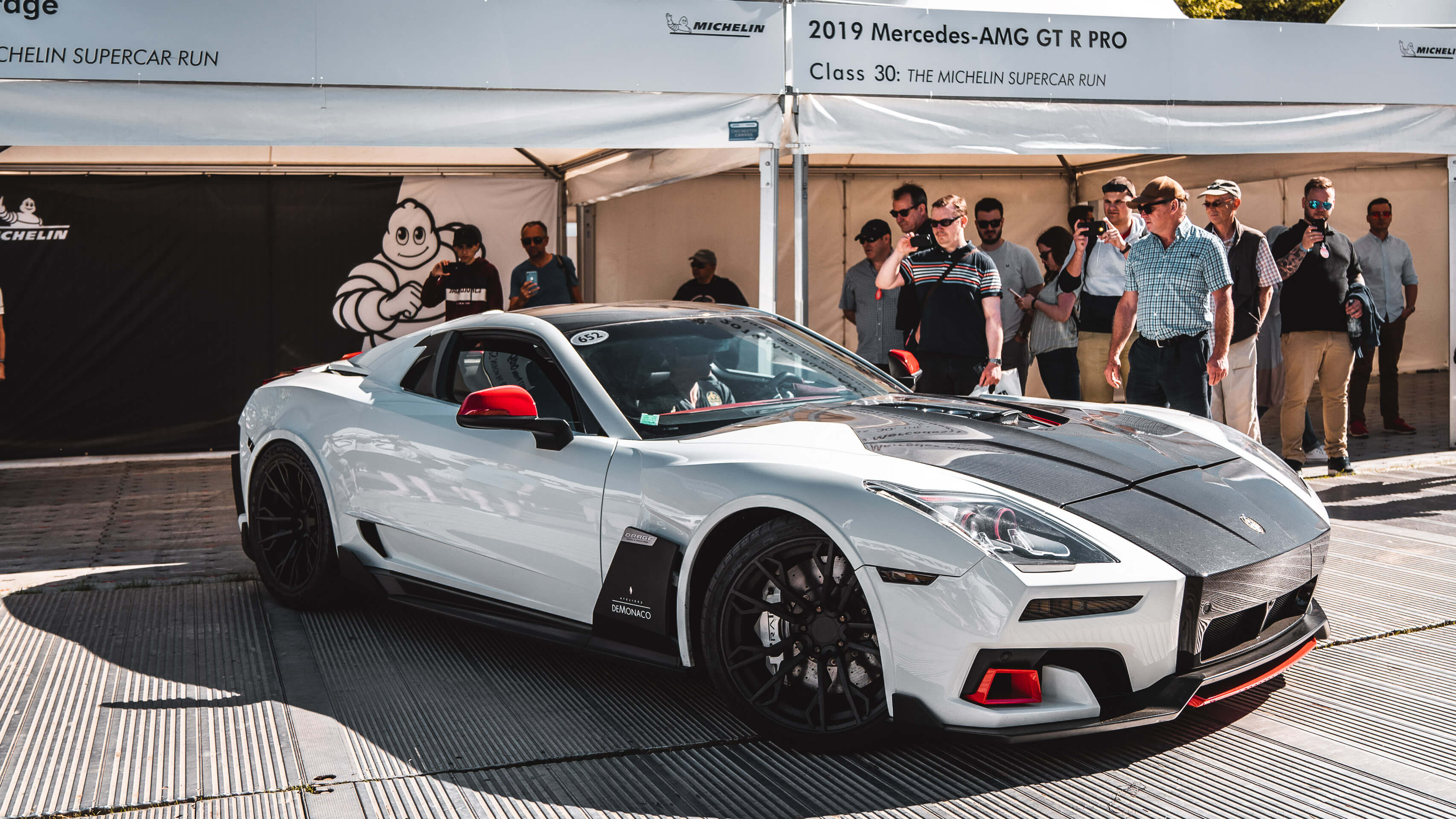 Im Rausch der Geschwindigkeit: Zu Besuch beim Goodwood Festival of Speed mit Michelin 8