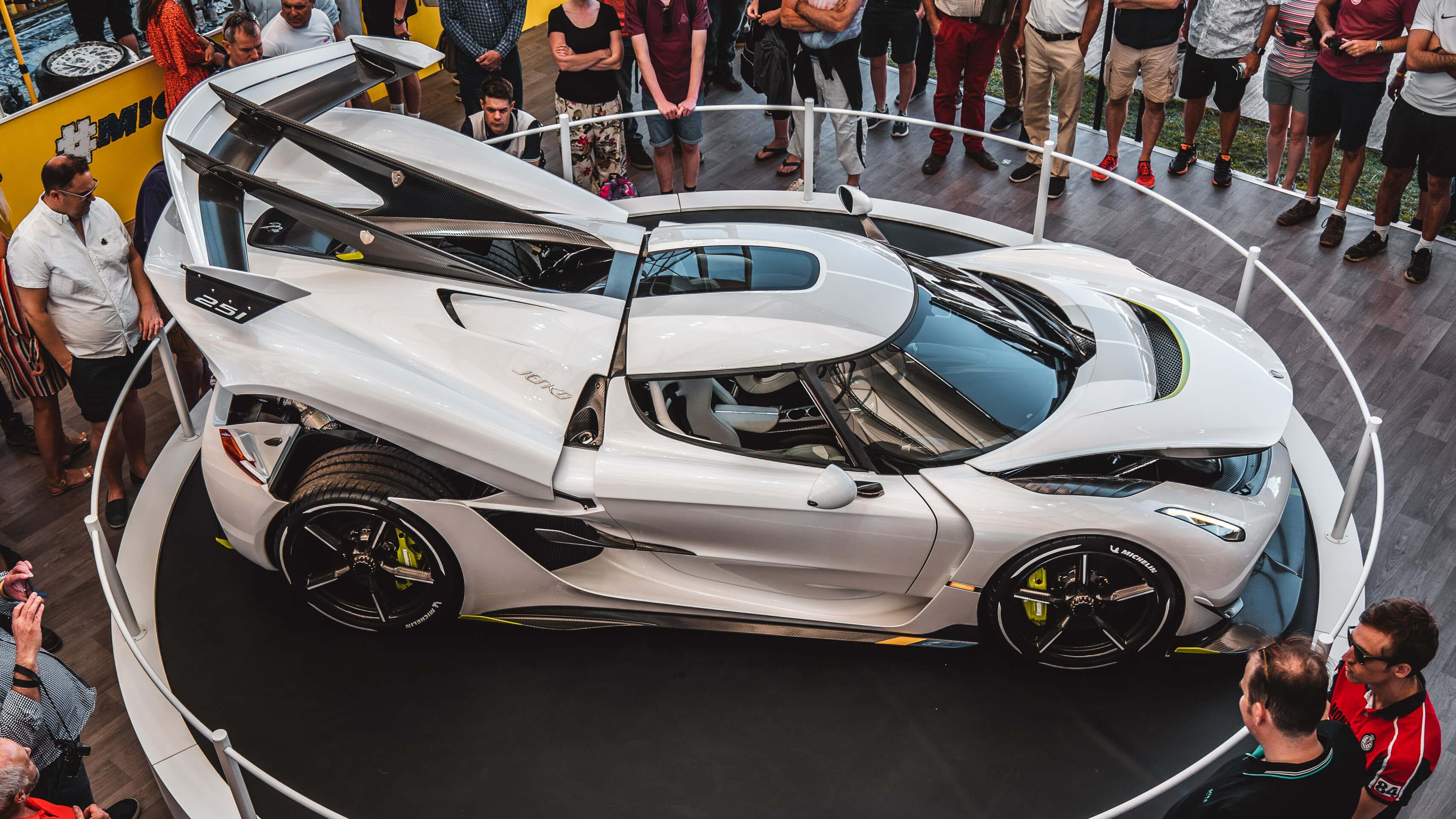 Im Rausch der Geschwindigkeit: Zu Besuch beim Goodwood Festival of Speed mit Michelin 12