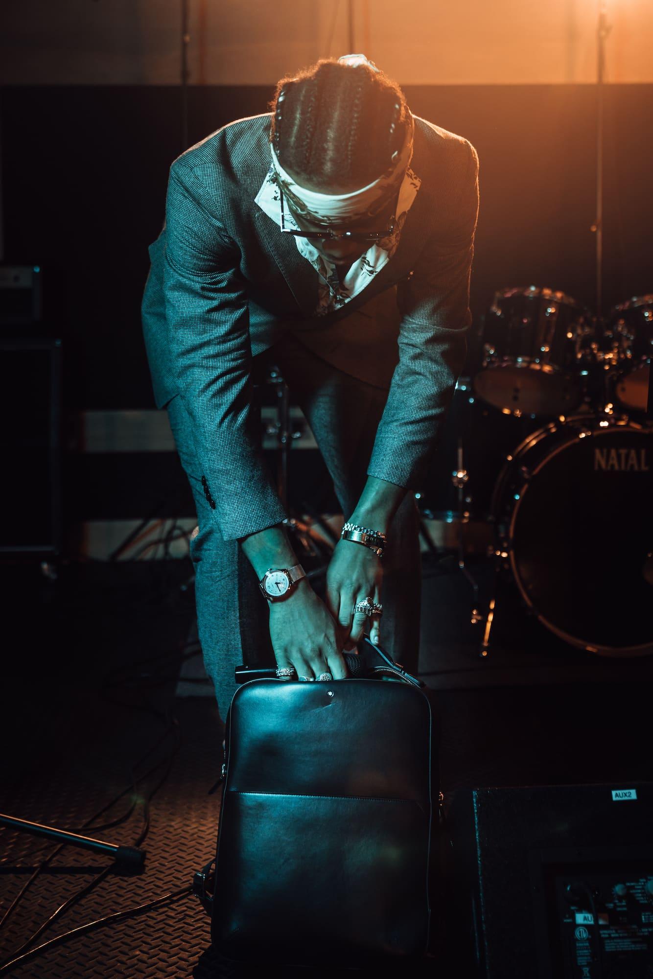 Inspiring Clash mit Andrew VVarholla: Rapper, DJ und Model 8