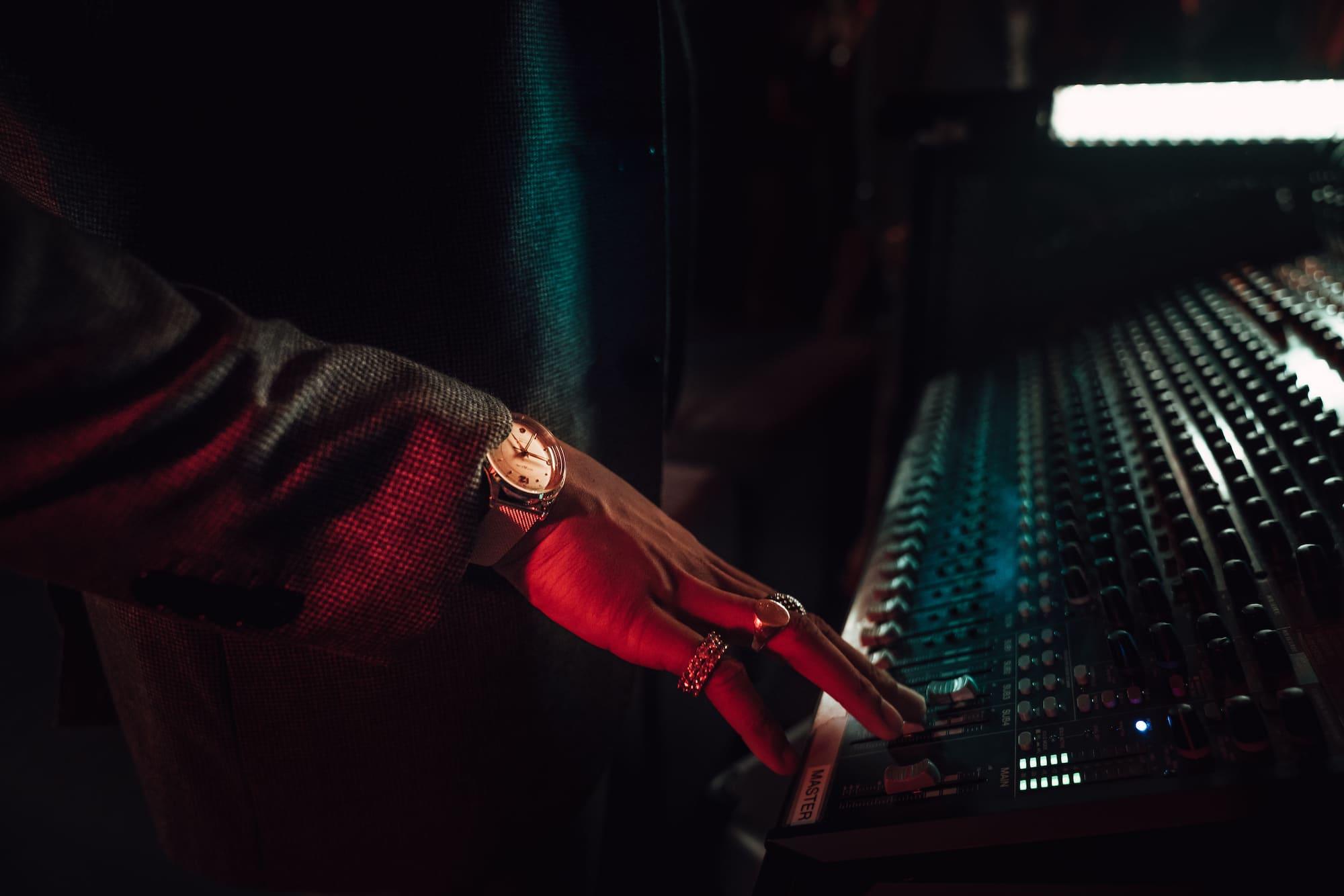 Inspiring Clash mit Andrew VVarholla: Rapper, DJ und Model 3