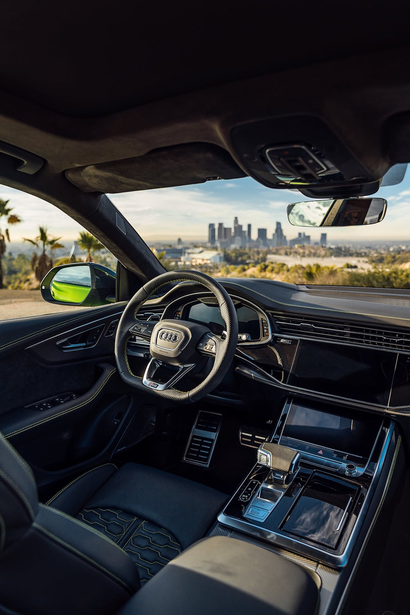 Der schnellste Serien-SUV der Welt: Audi präsentiert den RSQ8 in L.A 8