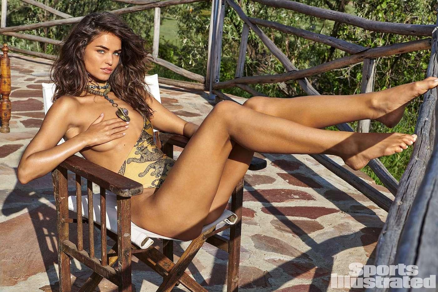 Robin Holzken  für die Sports Illustrated Swimsuit Issue in Kenia 2