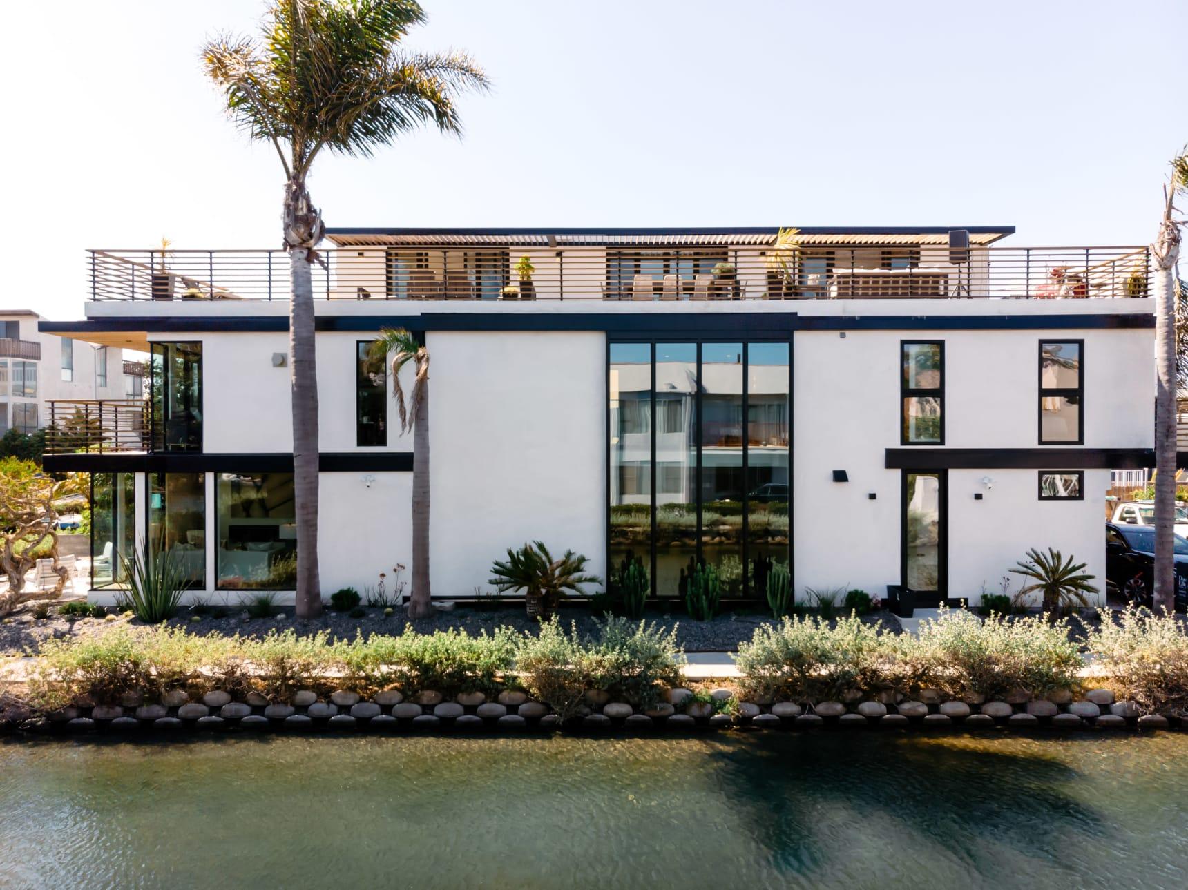 Ein Wohntraum inmitten der Kanäle von Venice Beach in Los Angeles 6