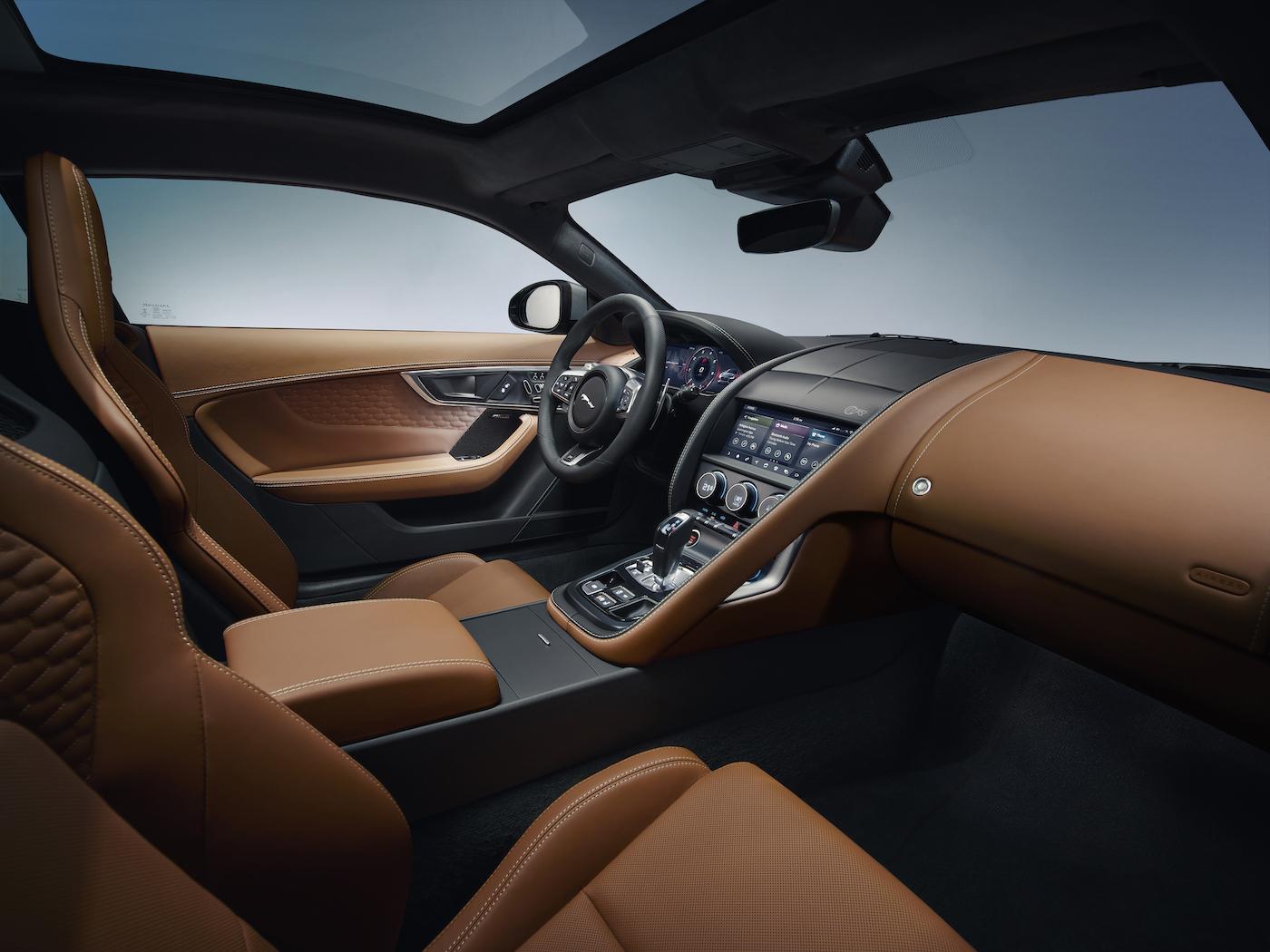 Weltpremiere: Der neue Jaguar F-TYPE wurde in München vorgestellt 5