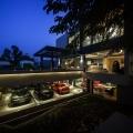 OKS CASA: Ein wahres Traumhaus für Automobilliebhaber