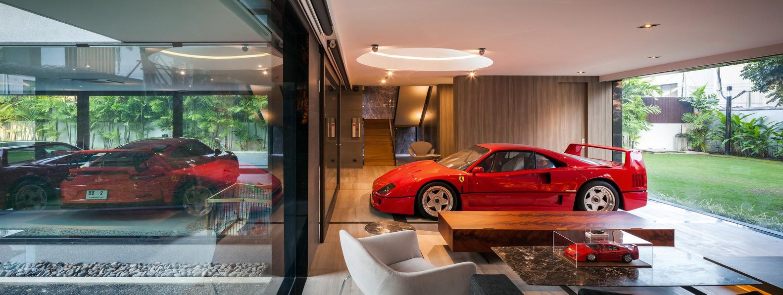 OKS CASA: Ein wahres Traumhaus für Automobilliebhaber 5