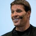 10 motivierende Zitate über Erfolg von Tony Robbins