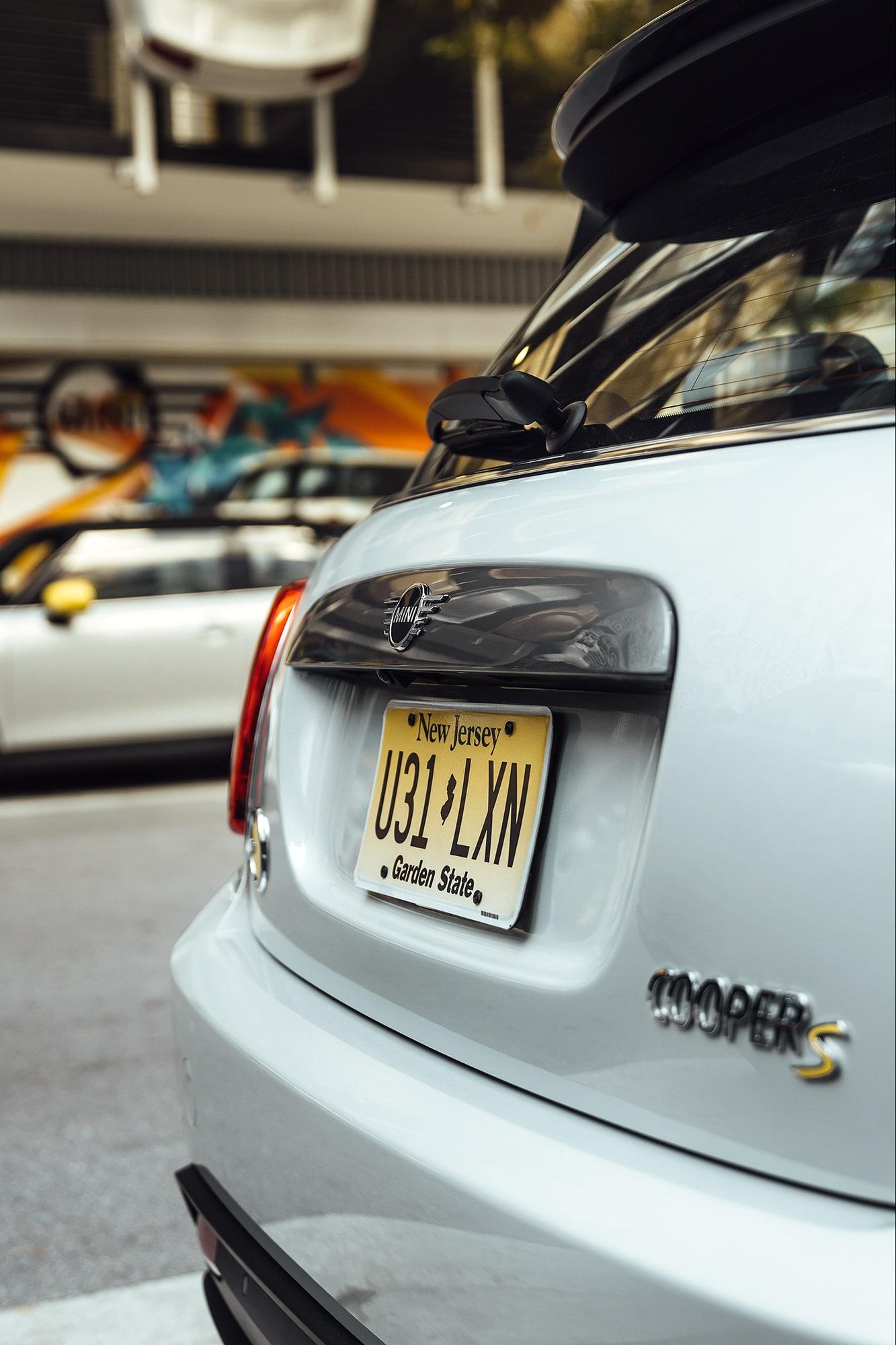 Nachhaltig durch Miami mit dem MINI Cooper SE 6