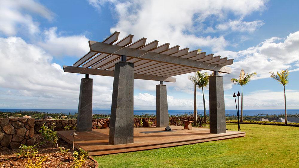 Om Sweet Home: Das $12 Millionen Dollar Anwesen auf Hawaii mit Yoga Pavillion 3