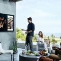 Samsung präsentiert den ersten Outdoor-Fernseher: