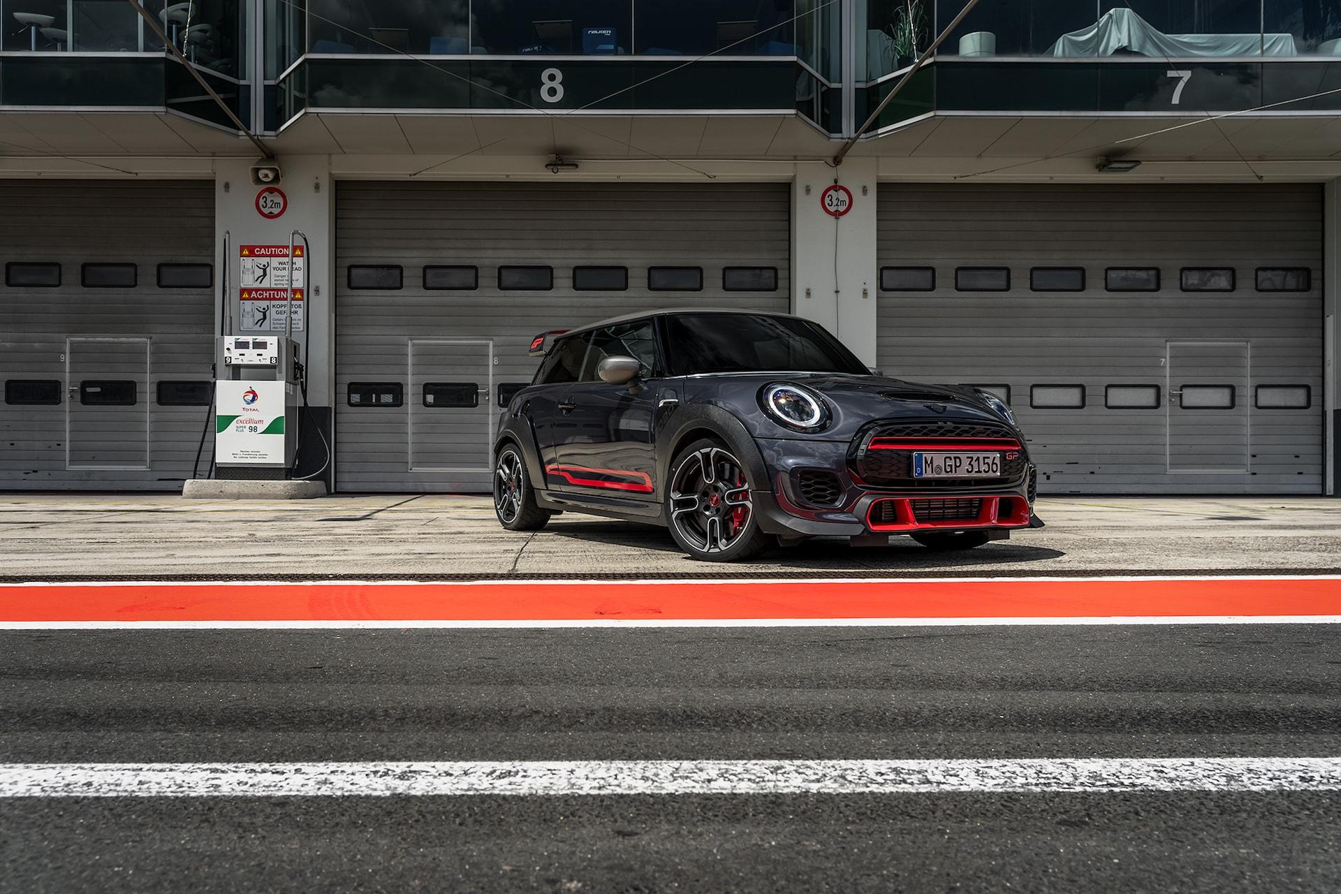 Der Stärkste unter den Kleinsten: Mit dem MINI Cooper Works GP auf dem Nürburgring 1