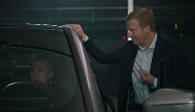 Hollywood trifft München: Christoph Waltz wird BMW-Botschafter der E-Mobilität