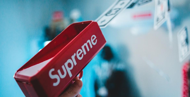 Die Streetwear-Marke Supreme wird für 2,1 Mrd. USD an den Timberland-Eigentümer VF verkauft